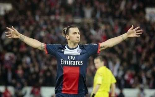 Former United player claims Ibrahimovic doesn't deserve new contract