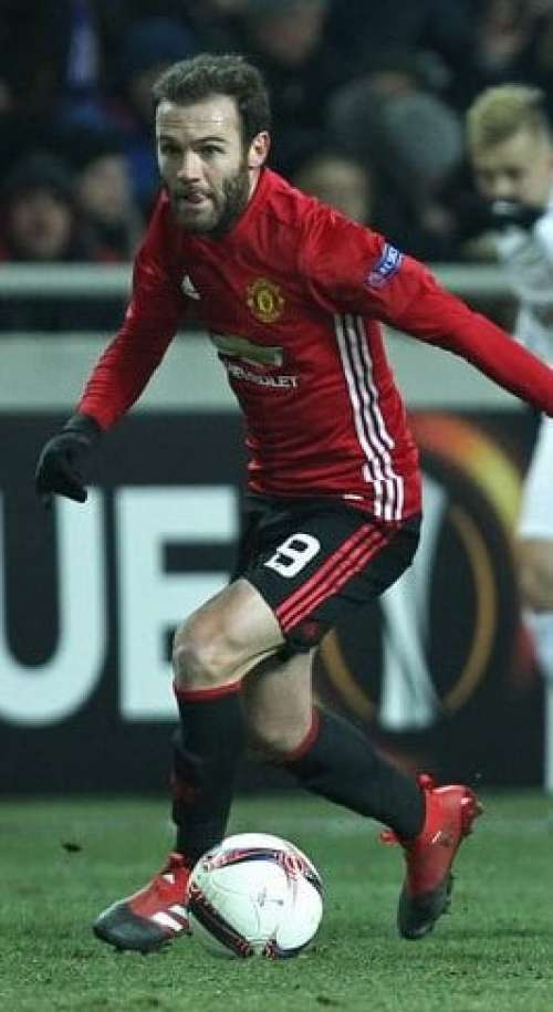 Manchester United: Mata wants a longer deal