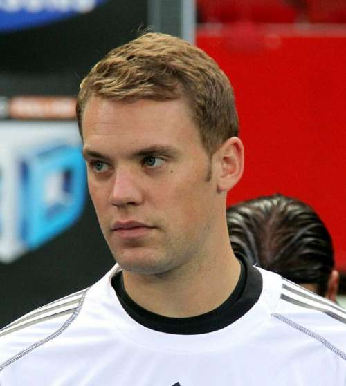 Jose Mourinho wants Neuer to replace De Gea