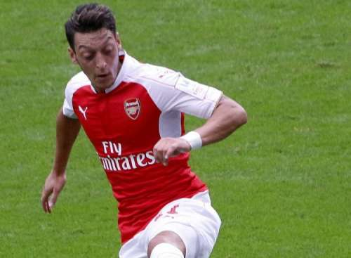 Manchester United and Chelsea targeting Mesut Ozil as Barcelona join the race