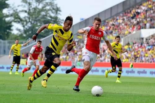 Arsene Wenger Rules Out Possibility Of Signing Pierre-Emerick Aubameyang