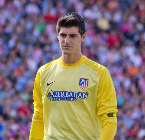 Courtois move to Atletico dependent on PSG getting Oblak