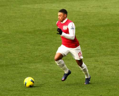 Liverpool set to sign Alex Oxlade Chamberlain
